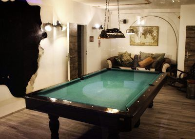 7th-Space-Billard-Lounge